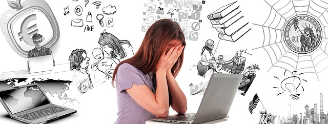 Frau hat burnout und brauch hilfe